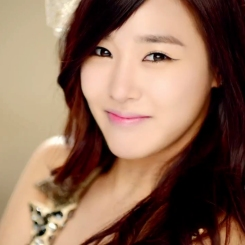 tiffany snsd my oh my