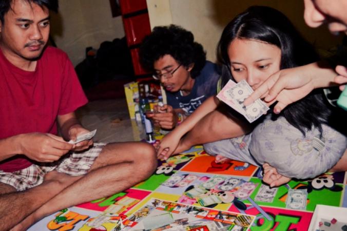 ngabuburit main monopoly