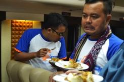 kereta wisata priority makanan