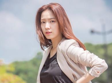 ryu-hwa-young1