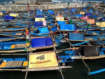 pantai jayanti pelabuhan nelayan