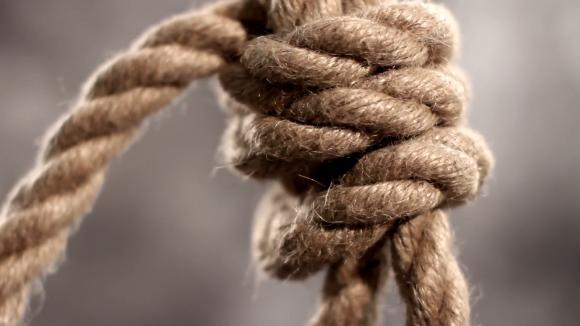 rope-slipknot-in-concept-suicide-macro-shot_vg-qdqkv9x__f0000